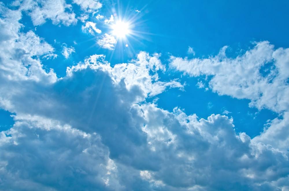 今日の天気・明日の天気予報!服装選びの気温目安と降水確率 何%で傘を持っていくべきか?